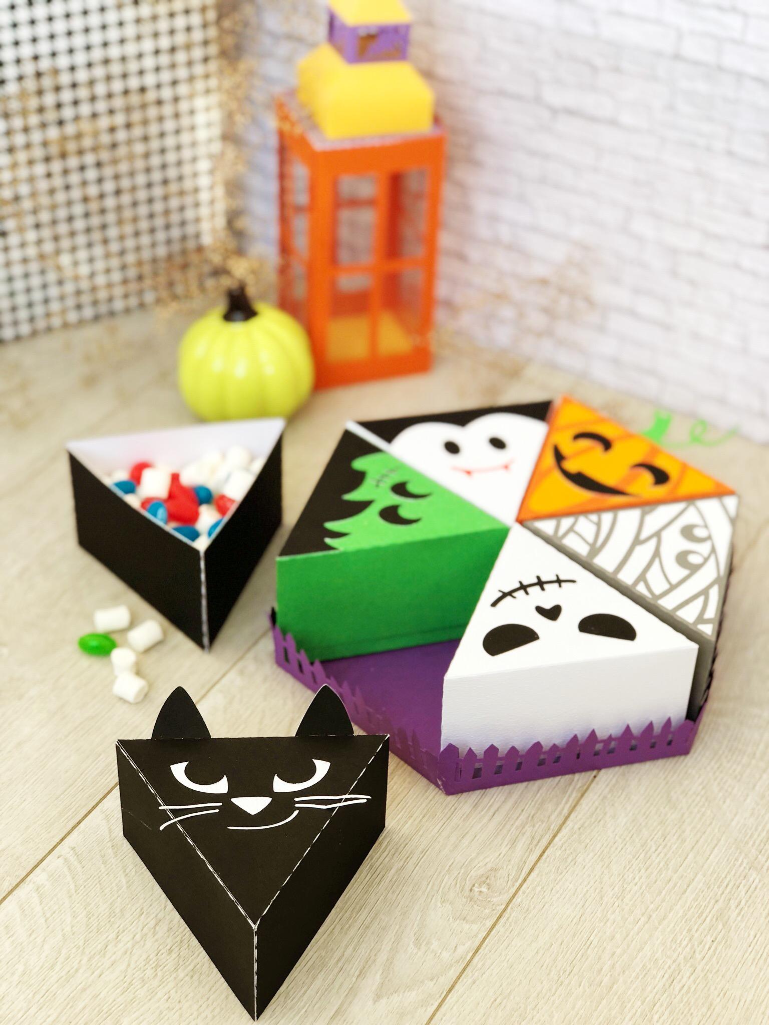 DIY Halloween Paper Cake